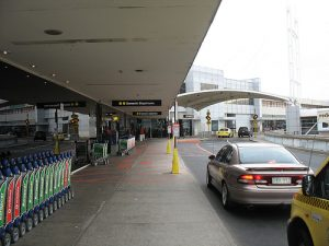 Hotels With Shuttles To Oakland Airport